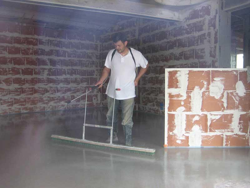 chape fluide liquide autonivelante en vend e les avantages. Black Bedroom Furniture Sets. Home Design Ideas
